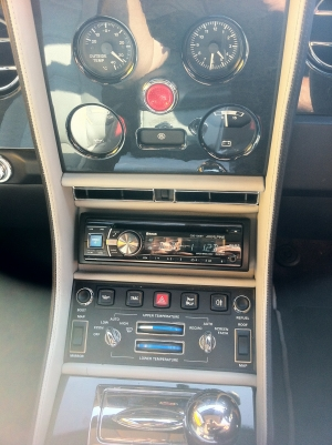 Bentley With Retrofit DAB, Bluetooth and iPod Interior